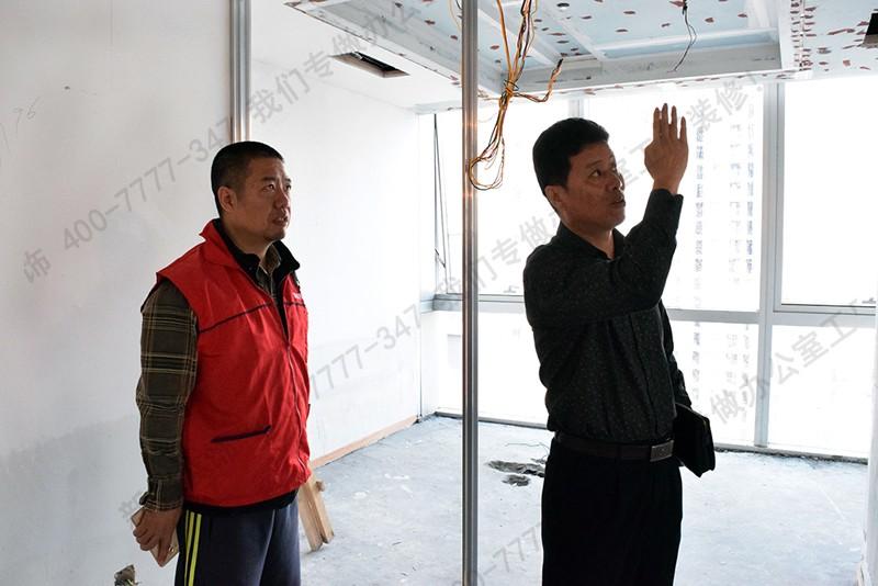【深圳新美装饰】(400-7777-347)直营做公装12年,在厂房装饰装修上有着丰富的经验,3000家的工厂装修案例,工厂装修就找新美.
