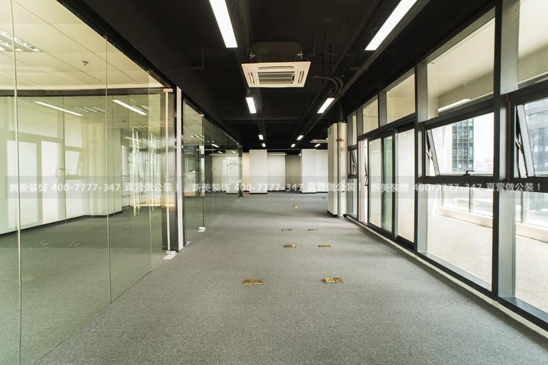 办公室玻璃隔断墙实景图