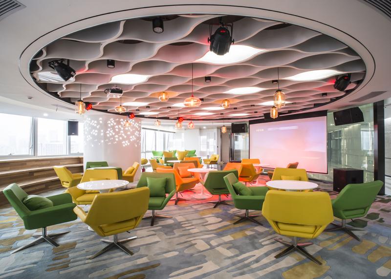 深圳办公室装修 | 极简时尚 泰智会创客空间