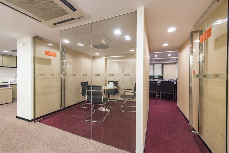 深圳办公室装修中地面的颜色搭配有哪些窍门